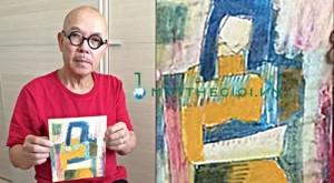 Họa sĩ Thành Chương cùng phác thảo bức 'Trừu tượng' - Ảnh: Ngô Hương.