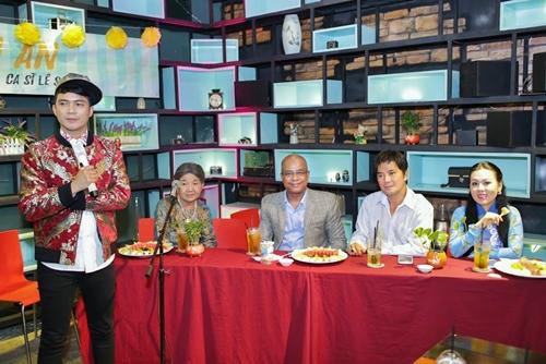 Các ca sĩ khách mời Randy, Chế Thanh, Lưu Ánh Loan đến chúc mừng ca sĩ Lê Sang ra mắt album mới