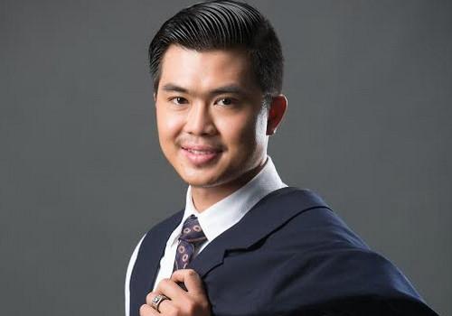 Ca sĩ Phú Quý