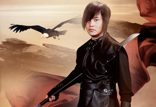 Hóa trang của Cao Vũ trong MV 'Thần thoại chưa kể'