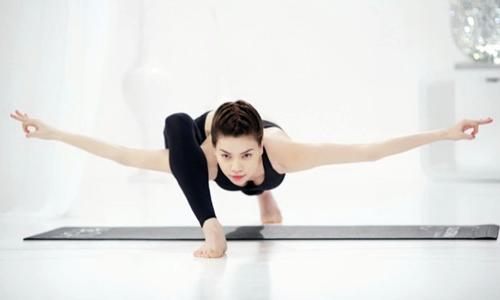Ca sĩ Hồ Ngọc Hà rất chăm tập Yoga