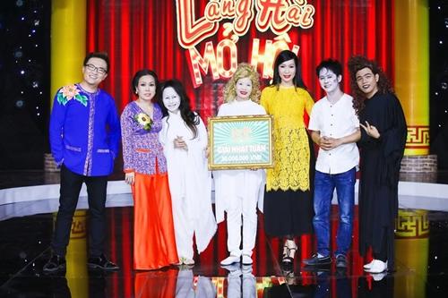 Nhóm Ngẫu Nhiên được Ban giám khảo trao giải nhất tuần