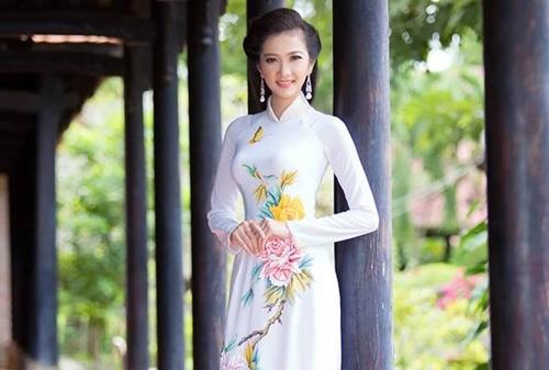 Hoa khôi Duyên dáng Phụ nữ TP Bến Tre 2017 Kiều Trang