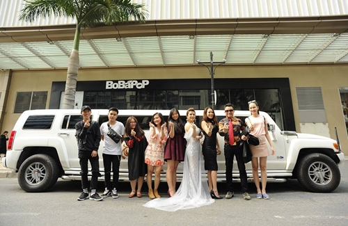 BTC chụp lưu niệm với các thí sinh Mrs Vietnam Global