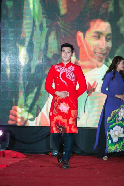 Hoang Phi Kha 2018 14