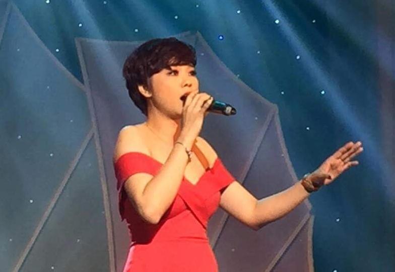 Ca sĩ Thái Bảo với mái tóc cá tính và giọng hát đấy nội lực