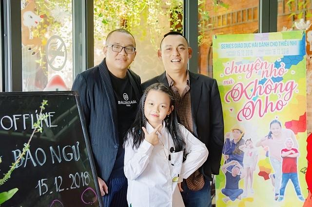 Cha con nhạc sĩ Yên Lam - Bé Bào Ngư và đạo diễn Anthony Võ (trái)