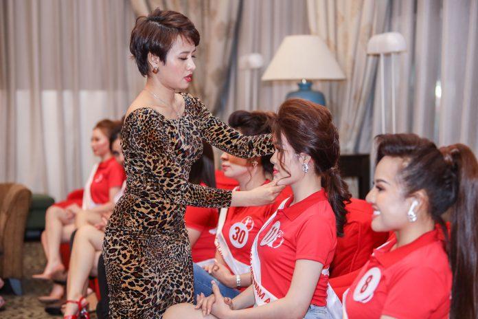 Trưởng Ban giám khảo xã hội học Leva Đặng