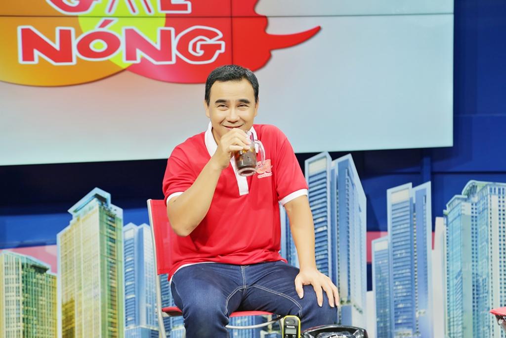 """Quyền Linh làm MC chuyên mục """"Ghế nóng"""" hằng ngày trên kênh HTV9"""