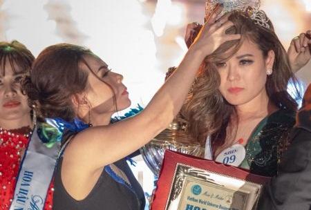 Phút đăng quang của Hoa hậu Hoàng Thanh Thủy