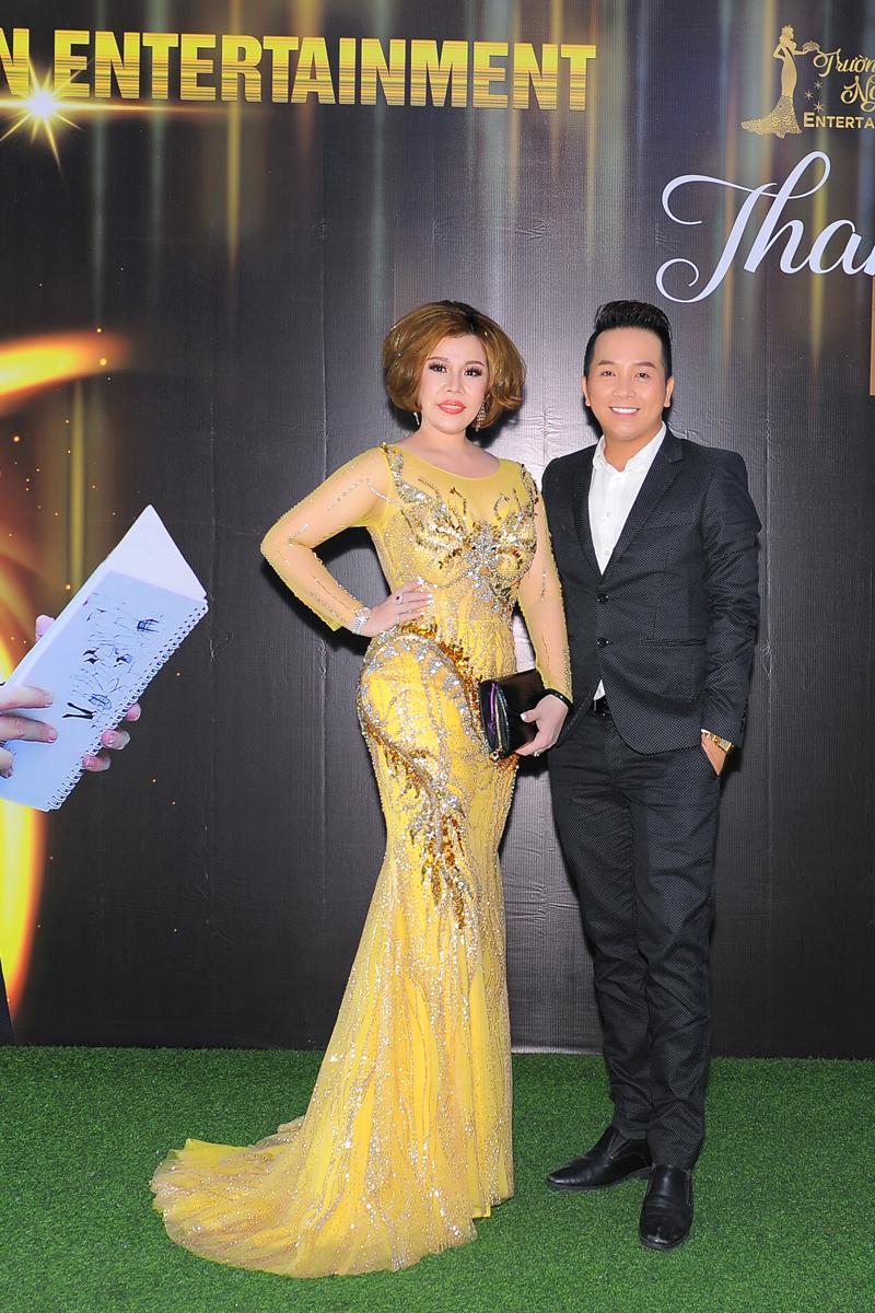 Trưởng BTC Mr Trường Nguyên & Hoa hậu Châu Mai Thảo