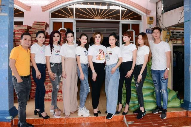Hoa hậu Châu Mai Thảo cùng Mr Trường Nguyên và các Tân Hoa hậu, Á hậu về Cần Thơ phát quà cho bà con nghèo