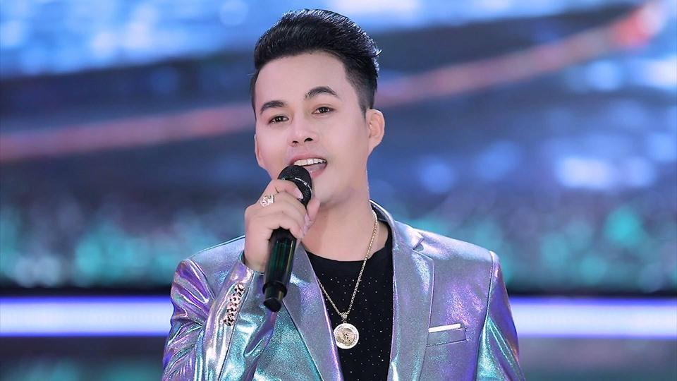 Ca nhạc sĩ trẻ Võ Hoàng Lâm, tác giả ca khúc hit 'Đêm mưa nhớ mẹ'