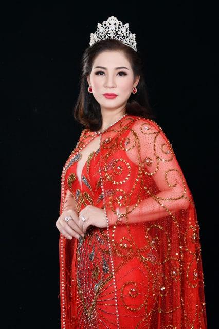 Chau Phuong Thao 13
