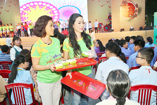 Trinh Kim Chi   Ho Le Thu 2020