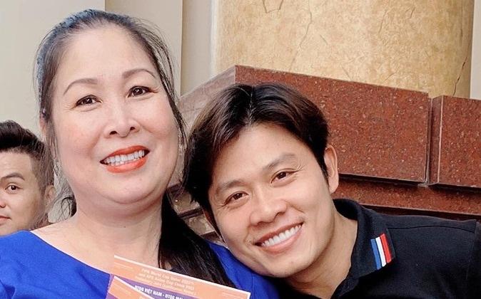 NSND Hồng Vân và nhạc sĩ Nguyễn Văn Chung