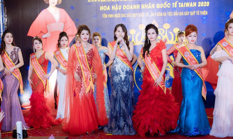 A hau Ngoc Dinh 11