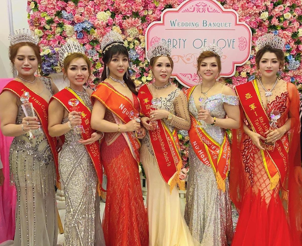 A hau Ngoc Dinh 5