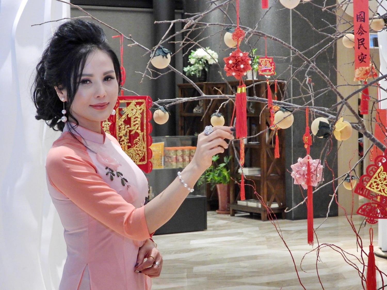 Hoa hậu Bích Vân rất tích cực làm thiện nguyện
