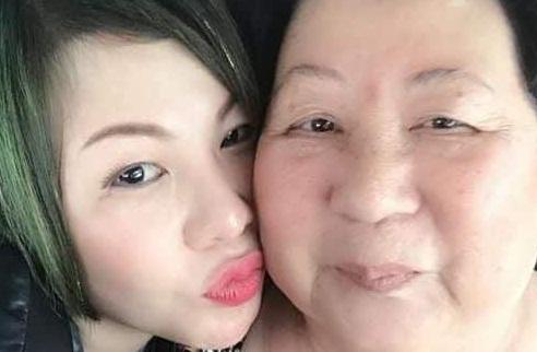 Hoa hậu Châu Mai Thảo và mẹ
